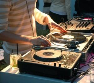 dj_gia_party